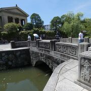 倉敷川にかかる石の橋