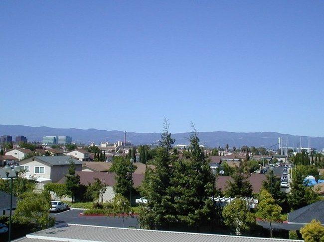 カリフォルニア州サンタクララ市...