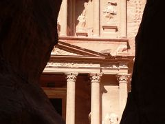 ヨルダンの旅(1)・・モーゼ終焉の地ネボ山と中東の3Pのひとつペトラ遺跡を訪ねて