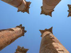 ヨルダンの旅(2)・・死海の浮遊体験と中東最大規模の都市遺跡ジェラシュを訪ねて