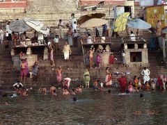 インドの旅(1)・・ヒンドゥー教の極致、ベナレスとカジュラホを訪ねて