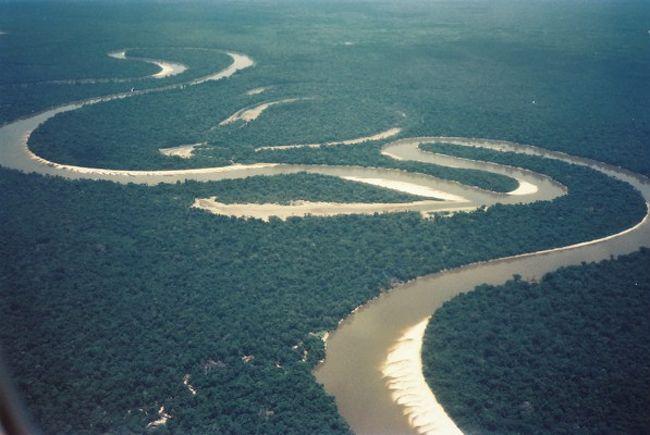 アマゾン の 奥地 へ と