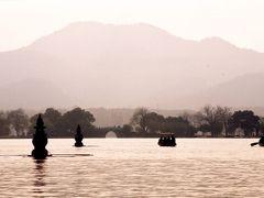晩秋の杭州、突然の訪問