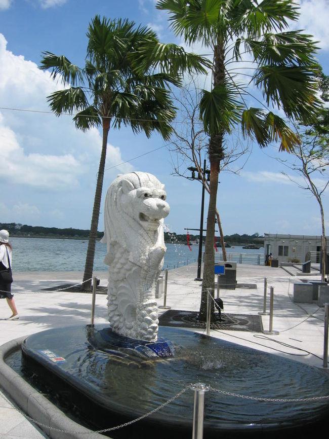 シンガポールの街で見かけた変な日本語たち。<br />made in Singaporeでないのもありますけど…。<br /><br />2008年までの旅行で見つけたものたち。