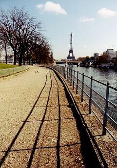 ★ちょっと昔のフランス 春、パリ、再会