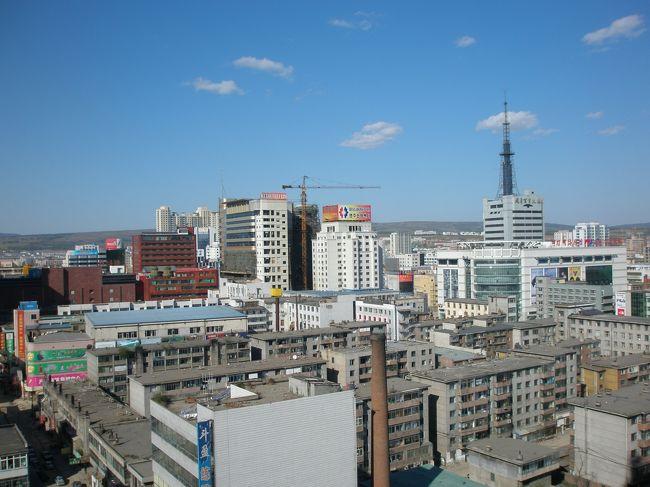 2006年09月21日(木)、今度の日本人会定期総会に参加する知人が延吉空港から乗るタクシーでぼったくりに会い、かつ荷物を持ち去られました。ひどすぎる〜