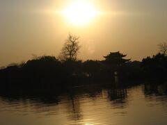 中国2007・浙江17 杭洲12 西湖の朝 ☆帰国日の朝陽、杭州空港⇒成田空港