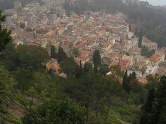シチリア島で命の洗濯【10】タオルミーナから岩山のてっぺんの教会へ