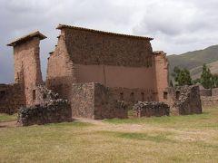 ペルー山岳地帯の遺跡めぐり、クスコ=プーノのバスツアー *** ペルー9日間の旅 【4】
