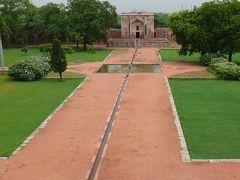 びっくりインド5日間:世界遺産フマユーン廊?
