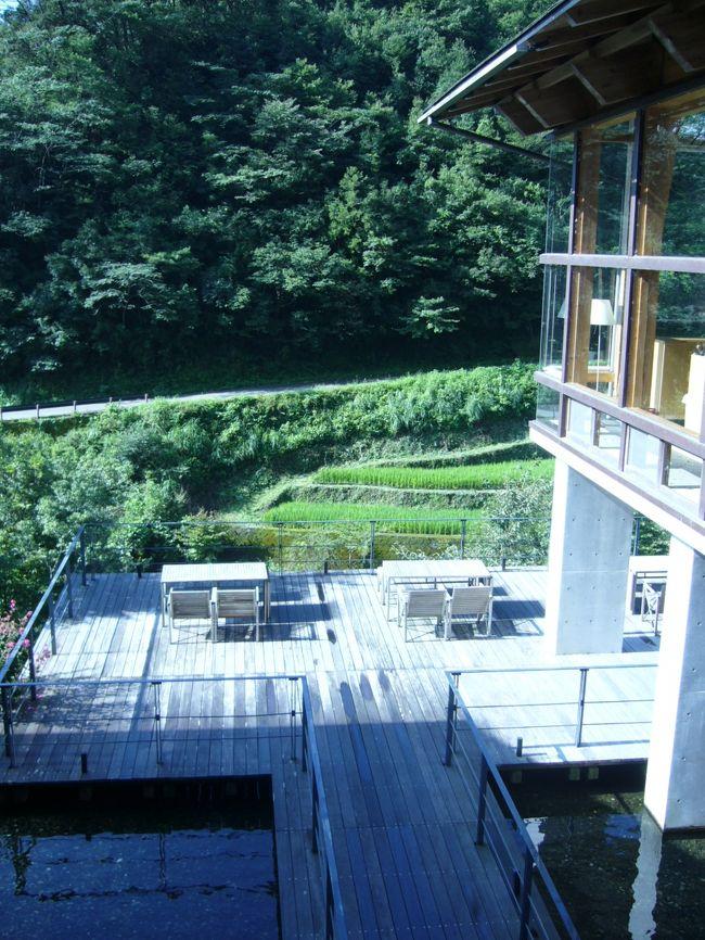 大阪から岡山まわりで高知へ家族旅行に行きました。<br />初日は岡山。倉敷をウロウロ・・<br />二日目は瀬戸大橋を渡り高知へ一直線!<br />念願のオーベルジュ土佐山でまったりしました♪<br />三日目は川で海で泳ぎ、老舗旅館、城西館でのんびり・・<br />おいしいものがいっぱいの高知、また行きたいです。