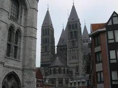 ロンドン~ベルギー~ルクセンブルグ 500km!ドライブ旅行?ベルギー トゥルネー (ノートルダムは改修中…)