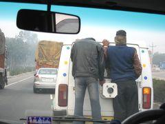 2008冬、インド旅行記(3):1月26日(1)デリー到着、アンベールへ