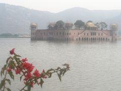 2008冬、インド旅行記(7):1月26日(5)ジャイプル、ジャンタル・マンタル(天文台)、シティ・パレス