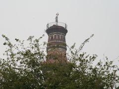 2008冬、インド旅行記(19):1月28日(1)アグラからデリーへ、クトゥブ・ミナール複合建築群