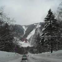 平湯温泉とスノボ滑りおさめツアー