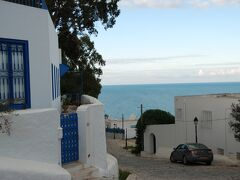 2008 チュニジアの旅(4)  「シディ・ブ・サイド」&「ザグーアン水道橋」