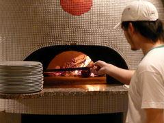 13.東急ハーヴェストクラブVIALA(ヴィアラ)箱根翡翠 SOLO PIZZA(ソロピッザ)の夕食