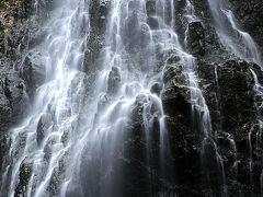 御船の滝にかくれし仏様。。/奈良県吉野郡川上村の名瀑。