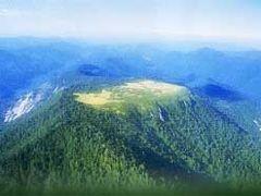 天空の湿原「会津・田代山」