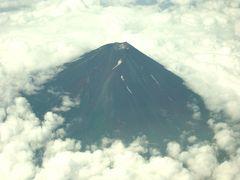 この時期初めて見えた空からの富士山は??