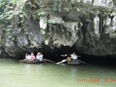 ハノイ近郊タムコック(Tam Coc)の舟遊び