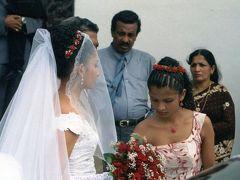 スリランカで結婚式に招かれて