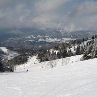 「ホワイトピアたかす」でスキー