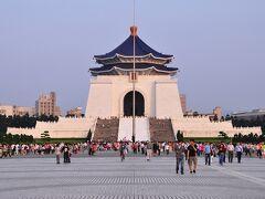 台北に行ってきましたぁ。