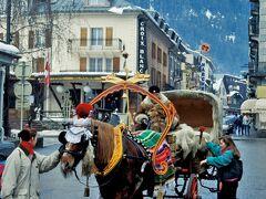 ガストン・レビュファを想いながらシャモニーでスキー。国境を越えてイタリアのクールマイユールとスイスのレマン湖畔のオーベルジュでランチも楽しむ。
