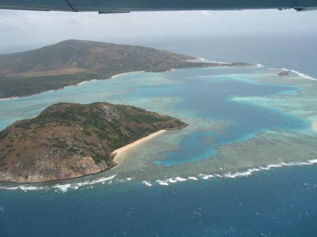 GBRにあるラグジュアリーな小さな島、LIZARD ISLAND。<br />宿泊客も少なく、日本人はほとんどいない。<br />たくさんのカラフルな魚や海亀、GBRならではの美しい珊瑚をシュノーケルでも<br />存分に楽しめます。<br /><br />LIZARD ISLANDに帰りたくて仕方ない、、、<br />そんな気にさせてくれる二年ぶり二度目のLIZARDです。