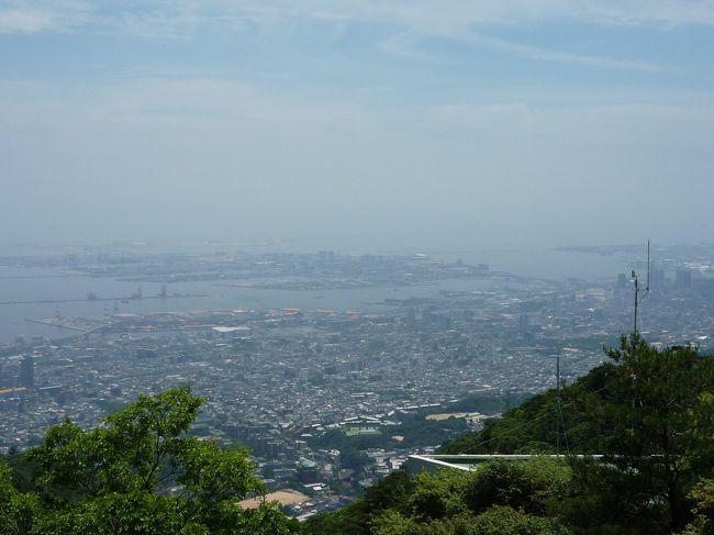 明石観光に続いて、二日目は六甲山に登ってみました。<br />梅雨時ですが天気にも恵まれ、絶景を堪能!