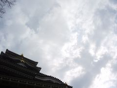 岡山城を見に