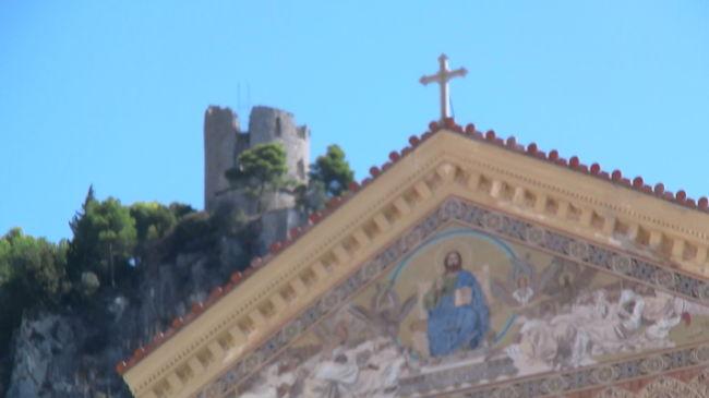 アマルフィ 09映画ロケ地巡りとグルメの旅(ローマ~アマルフィ)パート62009年に公開された、ローマが舞台の「天使と悪魔」・「アマルフィ 女神の報酬」のロケ地を巡って来ました。あわせて、☆☆レストランドンアルファンソを始め、美味しいと評判のレストランの食べ歩きです。 <br /><br />