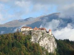 2009.10クロアチア・スロヴェニアツアー(その2ブレッド城とポストイナ鍾乳洞)