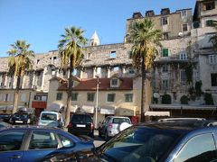2008.10クロアチア・スロヴェニアツアー(その7スプリット:古代ローマの遺跡に人々が暮らす町)