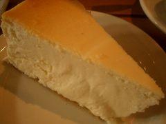 Junior's でアメリカ的なチーズケーキをいただきました