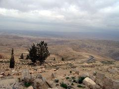 ネボ山でモーセの「約束の地」を見下ろす!