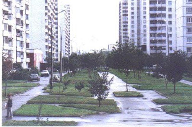今年9月にサブーロヴォ青年住宅街の創立20周年を祝いました。サブーロヴォって何かといいますと、モスクワ南部に位置する団地の名前です。