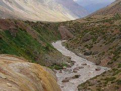 アルゼンチンのメンドーサへ、チリからアンデス山脈をこえて