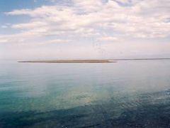 イシククル湖より綺麗な、アラコリ湖紀行