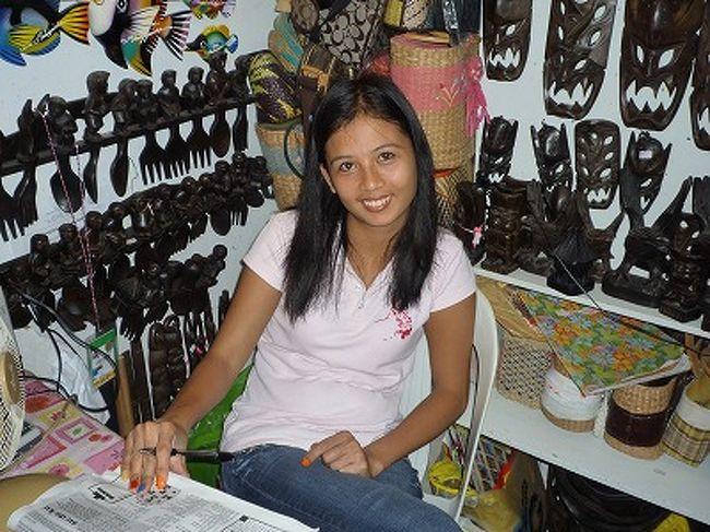 フィリピンに対するイメージは怖い所だと思っている人が多い。実際マニラやセブなどでは危険を感じたり、ボラレたりすることも多い。特にタクシーは吹っかけてくるドライバーが多く、観光客の悩みの種だ。<br /><br /> このためフィリピンというと世界遺産もあるし、ビーチは綺麗だし、物価も安いのに二の足を踏む人がいて、観光客が増えないのを憂慮した政府が悪徳タクシー撲滅に乗り出したようだ。(たぶん。あくまで個人的感想です、念のため」<br /><br /> 最新のセブ島タクシーをレポート。(2010年当時だが、基本は変わっていないと思う)