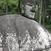 長野県下諏訪 『万治の石仏』