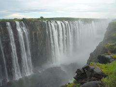 南アフリカで滝とサファリと喜望峰②ジンバブエからのヴィクトリア・フォールズを見て夜迷う