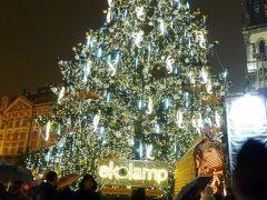 小走り =3 クリスマスマーケット巡り プラハ(3)ぐるぐる巻きのパン♪