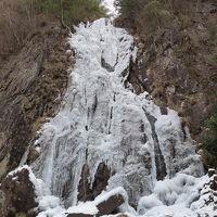 滝メグラーが行く112 2011始動!氷瀑の扁妙の滝