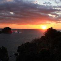 西伊豆・堂ヶ島温泉 夕陽&海が割れるトンボロ現象&洞窟巡り 自然満喫の旅