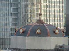 東京駅丸の内側の風景を見る