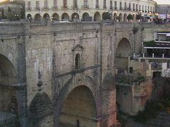 ロンダ_Ronda 壮観!スペイン最古の闘牛場を擁する断崖絶壁の町