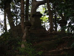 勝上嶽展望台上の石祠